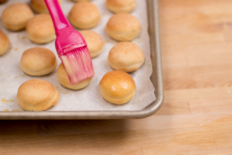 baked-doughnut-dusting-how-to-5